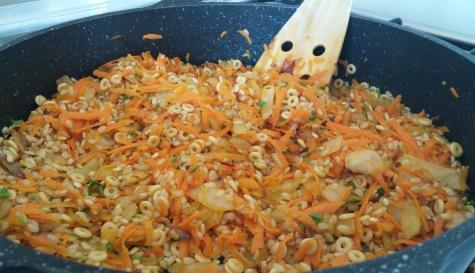 אורז מלא עם פתיתים שילדים אוהבים